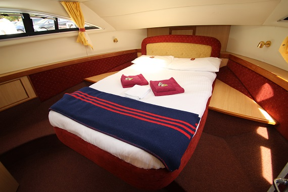 Lady Annalise Master Cabin