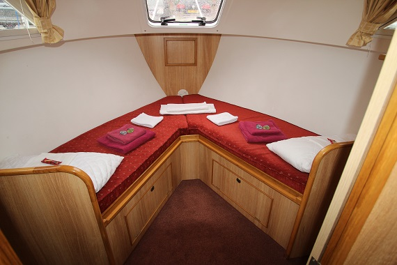 Lady Nicole Front Cabin
