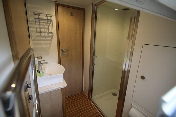 Lady Victoria Bathroom